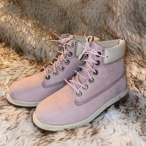 light pink / purple timberland size 4Y NWOT